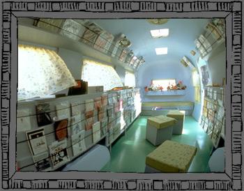 Interior of MObilivre