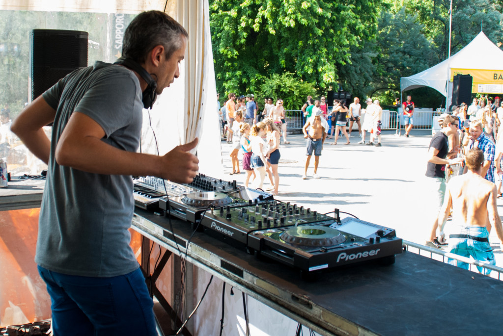 Piknic Electronik. DJ Undo, Photo Mert Kimayci