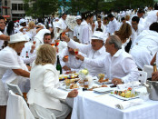 Diner en Blanc, 2014. Photo by Annie Shreeve