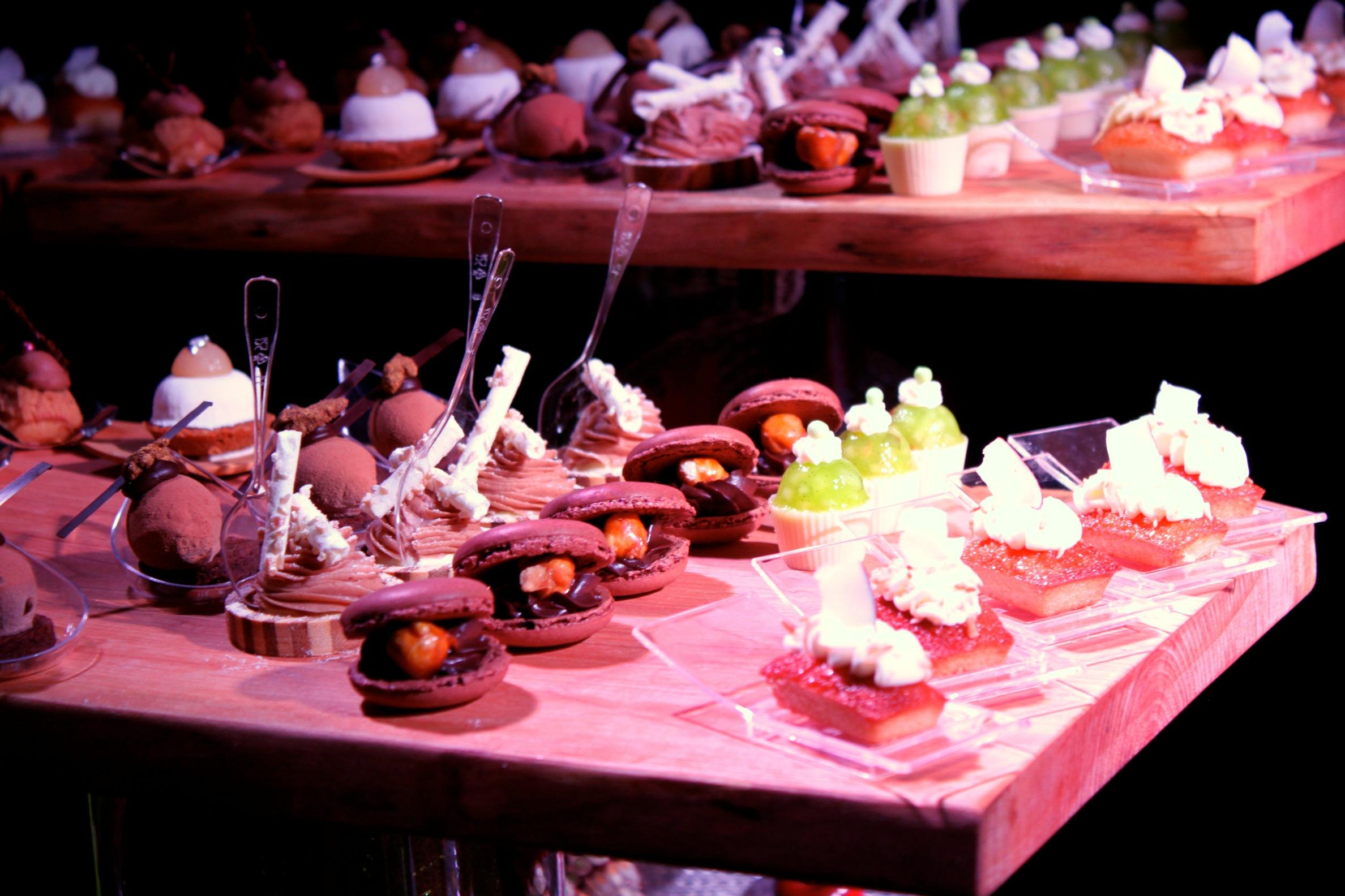 Dessert heaven chocolate academy opens in montreal - Decoratie opgeschort wc ...