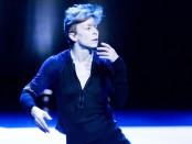 Title : SoBlue Dancer Louise : Lecavalier Choreograper : Louise Lecavalier