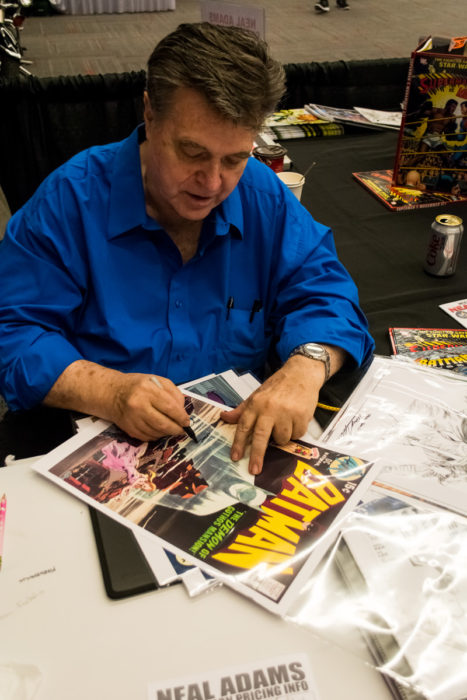 Neal Adams signing at Montreal Comiccon (Photo by Jean-Frederic Vachon)