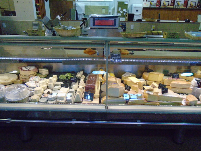 Organic Cheese. Atwater Market. Photo Adam Shaw.