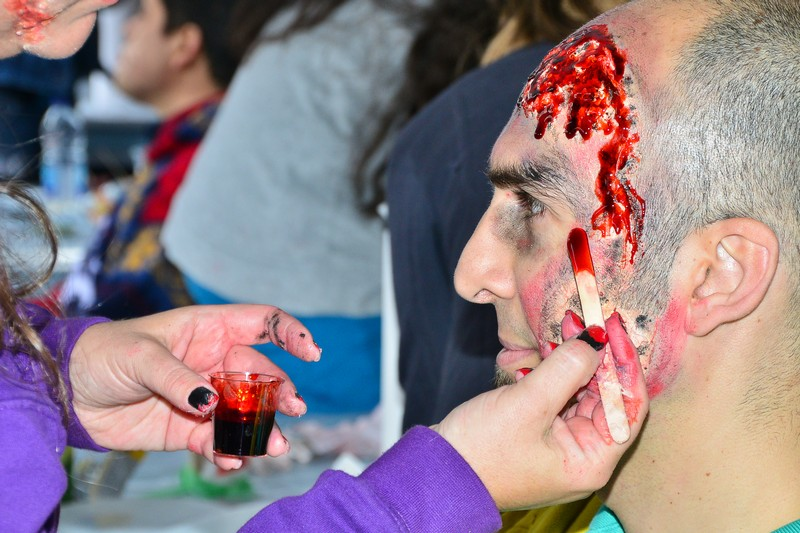 Make Up Tent. Zombie Walk. Place des Arts. Halloween 2015. Photo Marlene Wilson