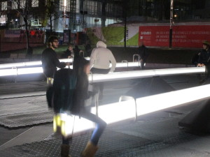Luminotherapie See Saws. Place des Arts. Photo Rachel Levine.