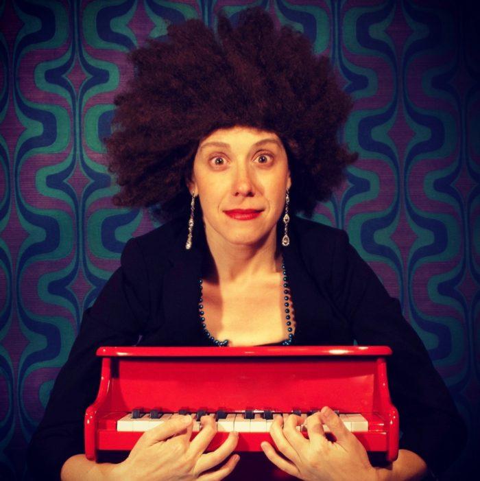 Sarah Hagen in Perk Up Pianist. Photo Dusty Hagerüd