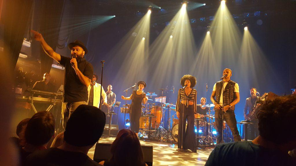 Frank Julian (front) & singers. Photo Belinda Belice.